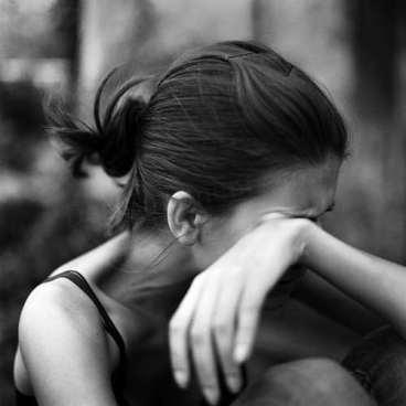 Sad-girl-with-tears