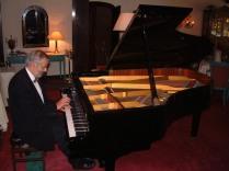 pianist midden tonen